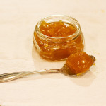 Caldo de osso gelatinoso usado na sopa