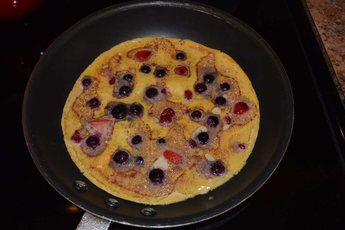 W 1 Tue B Berries Omelet (1)